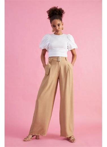 Z Giyim Kadın  Bej  Yüksek Bel Dökümlü Kemerli Pantolon Bej